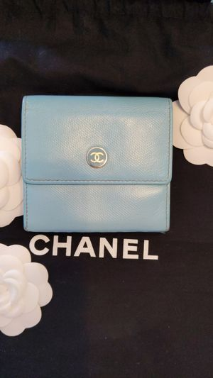 Authentic Chanel wallet Tiffany blue color for Sale in Menifee, CA