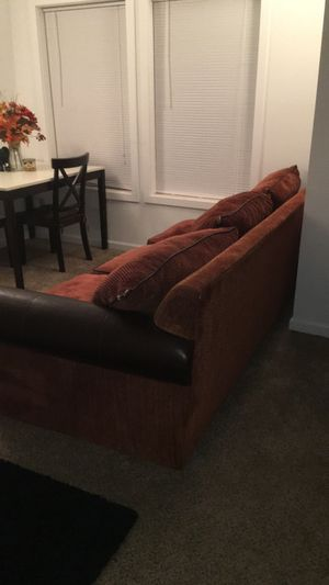 Comfy couch for Sale in Redmond, OR