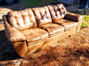 Couch PRICE NEGOTIABLE for Sale in Fuquay-Varina, NC