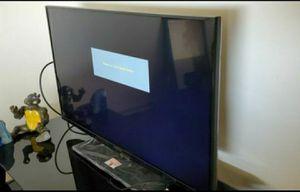 40 inch insignia led TV for Sale in Cerritos, CA