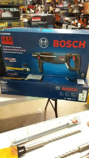 Bosch 7.5 amp corded 1 inch variable speed rotary hammer for Sale in Phoenix, AZ
