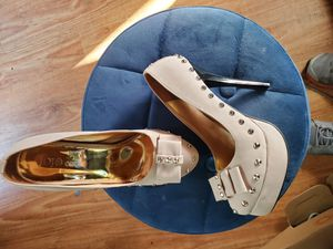 Jojo heels nude size 7.5 new for Sale in West Covina, CA