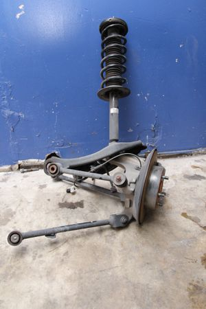 2014 Acura TL suspension strut parts complete spindle for Sale in Miramar, FL