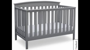 3 in 1 Delta Baby Crib Complete Set with Sealy Mattress. No scratch, like new. Excellent condition for Sale in Raleigh, NC