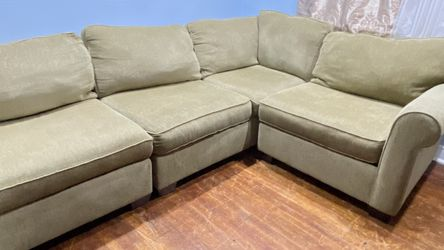 Beige sectional couch comfy 🛋- Free delivery 🚚 (Same day delivery)- Fits in most rooms!! for Sale in Philadelphia,  PA
