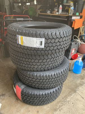 Wrangler tires *BRAND NEW for Sale in Des Plaines, IL