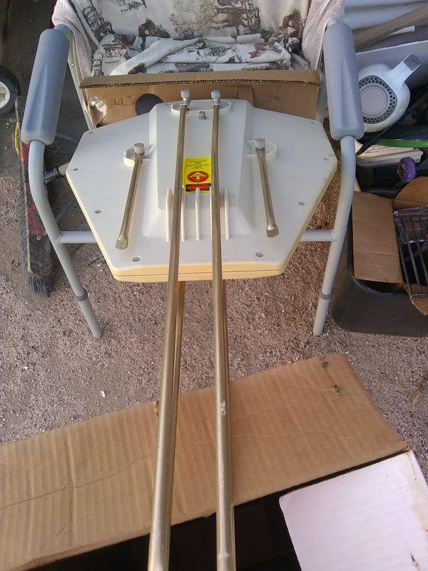 Camper travel trailer antenna