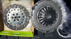 Audi clutch parts1995 a6 2001 2.8 motor for Sale in Bell Gardens, CA