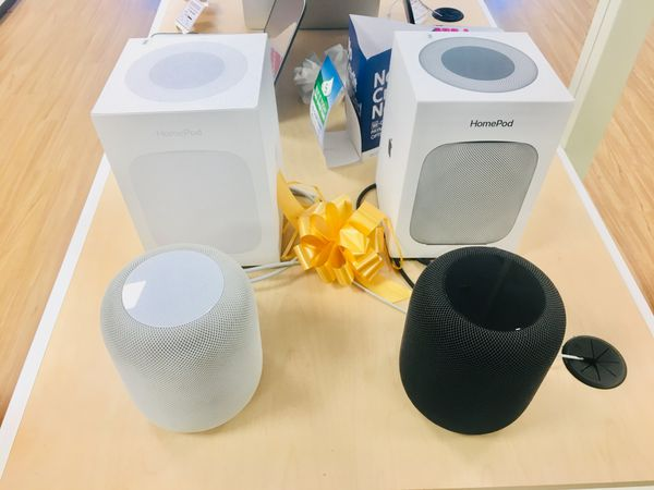 Apple HomePod (Black/White) with 90 Day Warranty -We Finance - $250 (Middleton, MA)