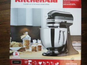Brand New Kitchen aid tilt head mixer for Sale in Oklahoma City, OK