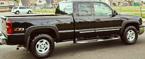 CHEVY SILVERADO BLACK COLOR V8 POWER for Sale in Fayetteville, NC