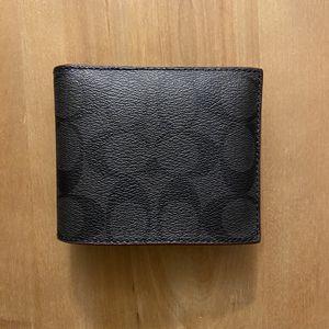 Coach Men's Wallet *NEW* for Sale in Springfield, VA