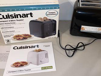 Brand new in box cuisinart toaster for Sale in Dinuba,  CA