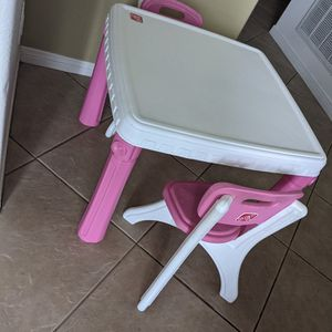 Kid's table and chairs for Sale in Coto de Caza, CA
