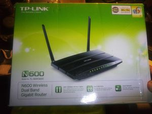 TP-LINK N600 Wireless Dual Band Gigabit Router for Sale in Vero Beach, FL