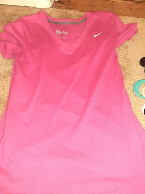 Women's Nike Dri-Fit Size Small for Sale in St. Louis, MO