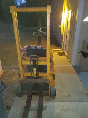 Big Joe Electric Forklift for Sale in Berlin, NJ