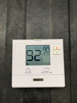 T701 Digital Non-Programmable Thermostat (1H/1C) for Sale in Miami, FL