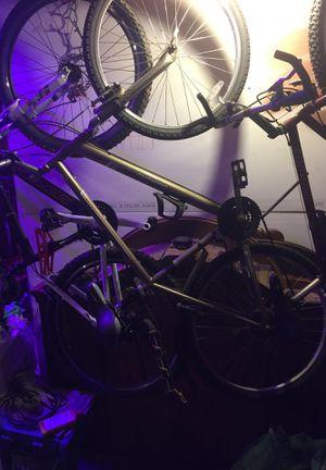 Diamond Back Mountain Bike shock system light for night riding plus bottle holder tail end bag holder for Sale in Gorham, ME