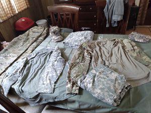 Camo cargo pants for Sale in GLOUCSTR CITY, NJ