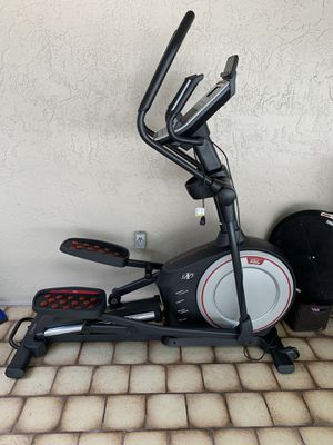 Elliptical nordictrack E 9.0 for Sale in Miami, FL
