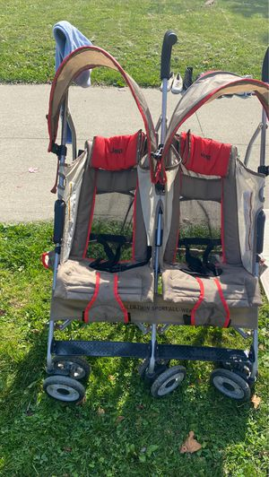 Jeep Double Umbrella Stroller for Sale in Shaker Heights, OH