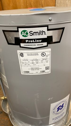 Ao smith 19 gal hot water heater for Sale in Turlock, CA