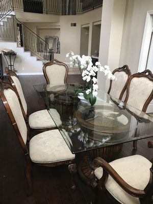 Dinning table set with 6 chairs for Sale in Mission Viejo, CA
