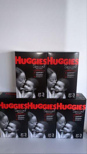 Huggies size 3 (27 count) for Sale in Phoenix, AZ