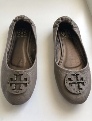 Tory Burch logo nude brown leather ballet flats for Sale in Las Vegas, NV