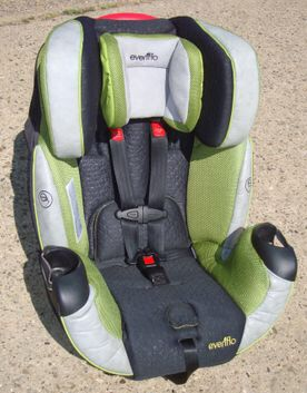 Evenflo convertible car seat for Sale in Philadelphia, PA