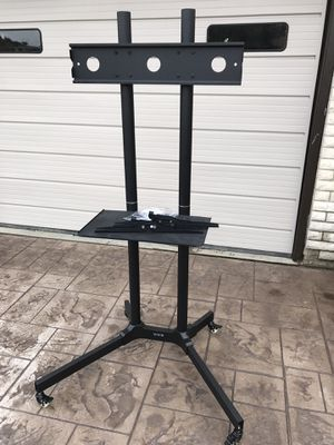 Mobile TV Stand for Sale in Wenatchee, WA