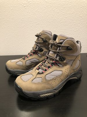 Vasque Women's Brezze 7453 leather hiking boots Sz 7w Vibram sole for Sale in Kissimmee, FL