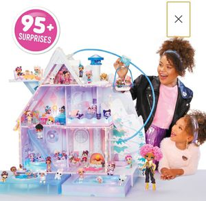 Lol Dolls Winter Chalet Brand New Chistmas Toy for Sale in Chicago, IL