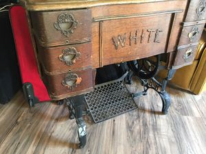 White rotary sewing machine for Sale in Seaside, CA