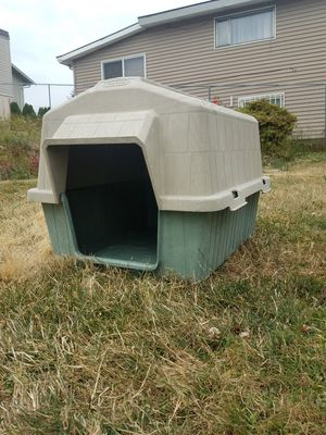 Dog House ~20in x 24in interior dimensions. for Sale in Seattle, WA