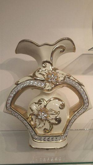 Ceramic Decorative Vase ( NEW ) gold & silver for Sale in Millcreek, UT
