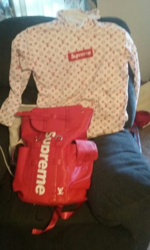 Supreme bag and shirt VL for Sale in Columbus, OH