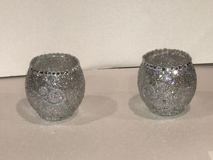 Seat of 2 bowls with rhinestones for Sale in North Charleston, SC