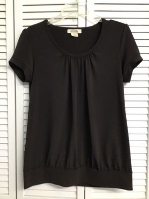 Michael kors brown top size L for Sale in Fort Myers, FL