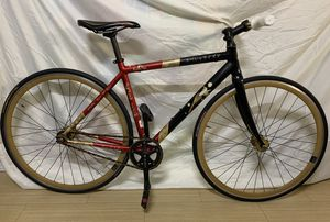 """Specialized Fixie Bike. Frame size 19.3""""=49cm. It's great condition. Nothing's wrong. for Sale in Westminster, CA"""
