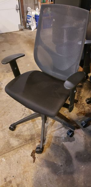 Home office chair ergonomic desk chair mesh computer chair- $50 for Sale in North Tonawanda, NY