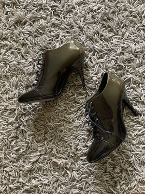 Burberry Olive Green and Black Ombre Booties! for Sale in Oak Brook, IL