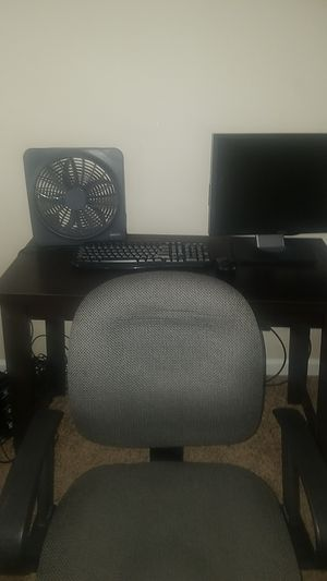 Desk, chair, keyboard, and monitor for Sale in Nolensville, TN