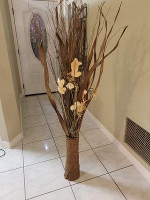 Flower vase decor for Sale in Saint Cloud, FL