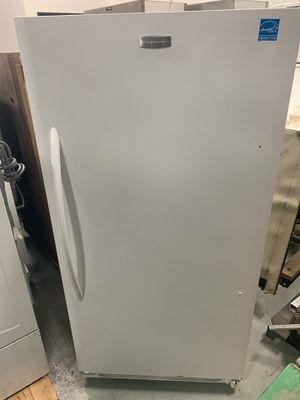 Frigidaire FKCH17F7HW Convertible Freezer/Refrigerator for Sale in Livonia, MI