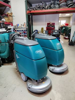 Floor scrubber Tennant t3 for Sale in Las Vegas, NV