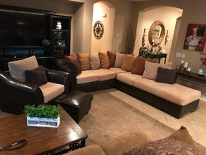 Sectional couch and chair w/ small ottoman for Sale in Chandler, AZ