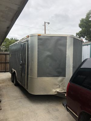 2013 enclosed trailer 8.5x16 for Sale in Dallas, TX