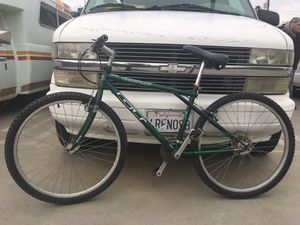 GT timberline mountain bike for Sale in Hemet, CA